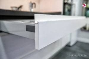 Muebles de Accesorios y Herrajes
